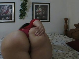Pawg Insert Very Big Toy Inside Her Wet Pussy