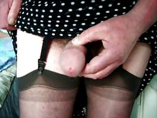 Mature Cd Wanks In Dress And Stockings