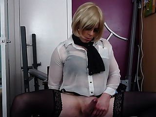 Sexy Tranny Cums