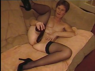 Amateur Mature Uk Wife Playing With Black Dildo