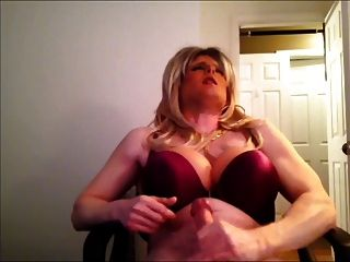 Blonde Crossdresser Jerkoff