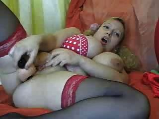 Bbw Hair Blonde With Big Tits Fucks Her Pussy