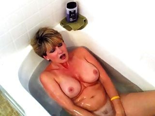 Mature wife swallows husband cum