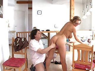 3 housewives webcamming - 1 7