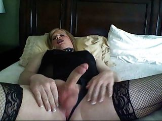 Looking Diamond Cumming during sex think any