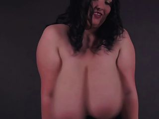 The Romanian Bbw-goddess Alicia - Huge-boobs In Uniform
