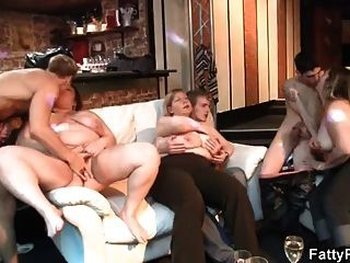 Bbw Gives Head And Gets Pussy Fucked