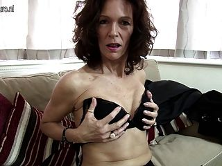 Hot British Cougar Sets Her Pussy On Fire