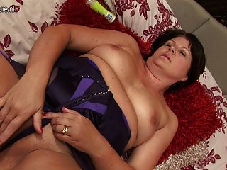 British Granny Saggy Pierced Pussy Hottest Sex Videos - Search ...