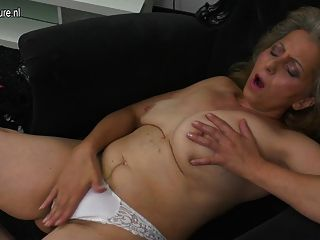 Mature whore threesome