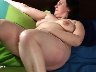 Big Mature Mom Playing With Her Hairy Pussy