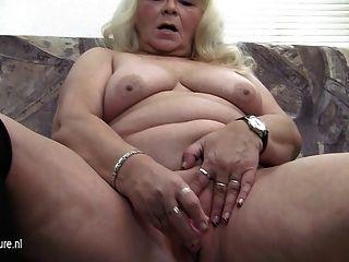 Big Grandmother Loves Pleasing Herself