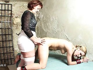 mistress kitchen slave