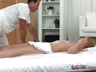 Love Creampie Innocent Teen Has Her Tight Hole Filled