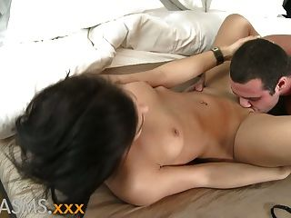 Orgasms Perky Shaved Babe Has Intimate Foreplay And Close