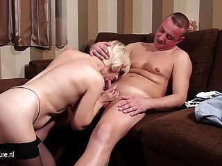 Mature Slut Mom Sucking And Fucking Her Ass Off