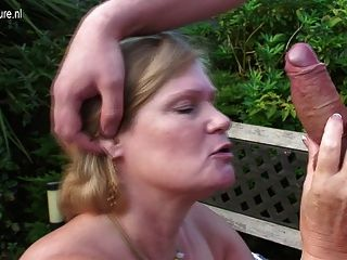 Hot British Housewife Mom Having Sex Outdoors