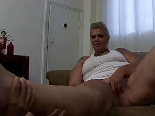 Soraya la bresilienne en chaleur anale - 1 part 7