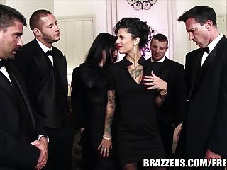 Brazzers - Veronica & Bonnie - The Secret Of The Six Man Gan