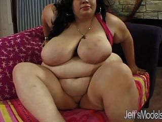 A Bald Guy Feeds His Dick To Fat Temptress Desiree Devine