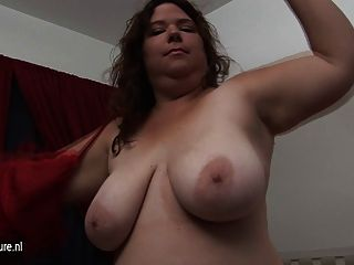 Mature Bbw Shy Loves To Play With Her Toy