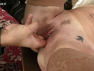 Mature Teacher Mom Sucking And Fucking Her Student
