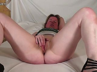 Amateur Housewife Works Her Pussy And Reaches Orgasm