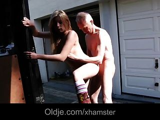 Lucky Oldman Fucks Exqusite Blonde Teen In A Van
