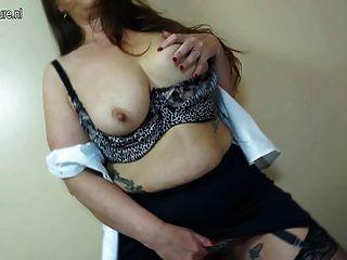 Hot British Mother Needs A Good Fuck
