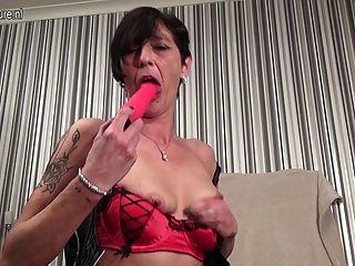 Old Mature Slut Mom Goes Crazy On Her Toys