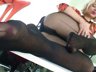 Milf In Stockings Showing Feet