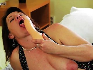 Kinky Mother With Wide And Deep Vagina