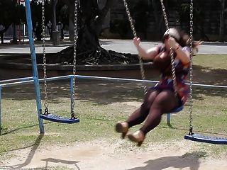 Penny Underbust Fanservice Friday - Swing