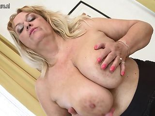Granny With Big Tits And Shaved Pussy