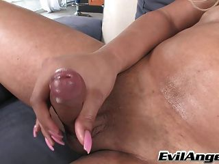 Hot Blonde Tranny Is New In Town