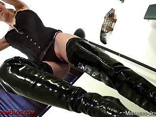 Mistress Riley Is A Booted Femdom Bitch Who Likes Pussy Wors