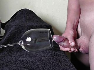 11 Spurts In Glass , Big Fountain Cumload Cumshot