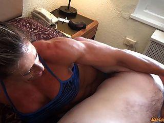 Mixed Wrestling- Muscle Legs Hard Headscissor Crushing Head