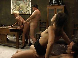 Hot Sexy Mature - Bouncing Boobs