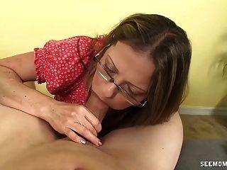 Super Hot Milf Sucking Cock