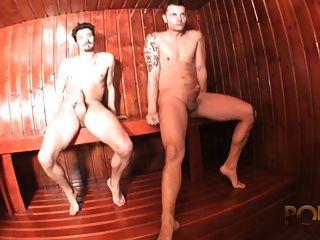 Sucette Party Dans Une Sauna