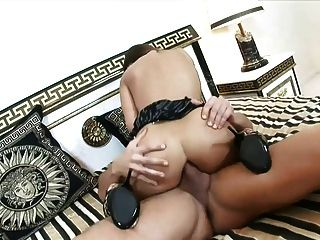 Horny Girl Ride On The Bed