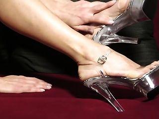 Sexi Toes In Clear Platform Heels