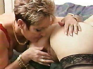 french lesbian escort lisbonne