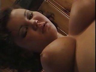 Aya Nielsen 01