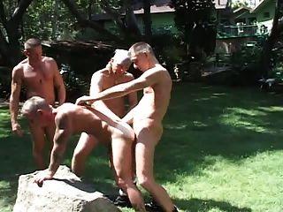 Gay al aire libre eyaculación