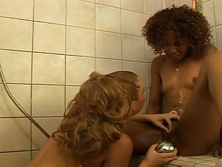 Interracial Lesbian Fucking In The Shower...usb