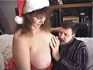 Bbw princess gives hj to a member of her site 7