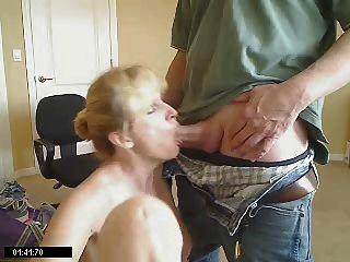 Jizzhut threesome with husband