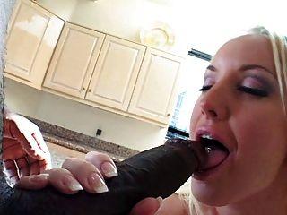 Uk pornstar blonde cyprus isles fingers her pussy - 3 part 4